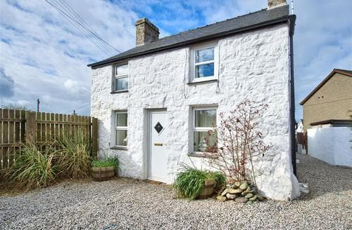 Last Minute Cottages - Beautiful Mynytho Cottage S73708