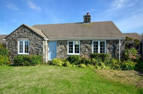 Last Minute Cottages - Beautiful St David's Cottage S43956