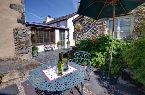 Last Minute Cottages - Wonderful Caernarfon Rental S11215