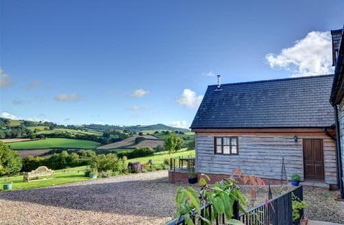 Last Minute Cottages - Excellent Newtown Cottage S39493