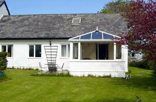 Last Minute Cottages - Luxury Llanfair Pg Rental S11179