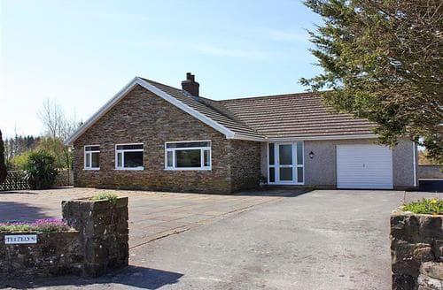 Last Minute Cottages - Lovely Saundersfoot Cottage S43810