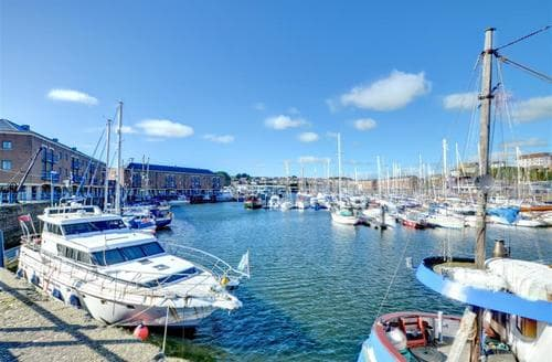 Last Minute Cottages - Adorable Milford Haven Apartment S11373