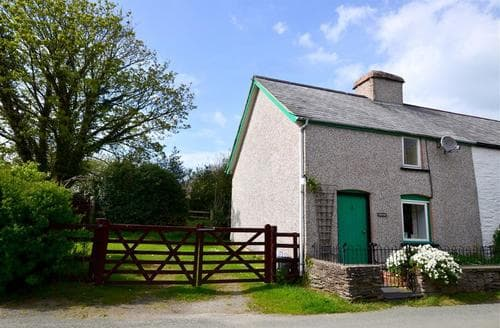 Last Minute Cottages - Inviting Machynlleth Rental S11230