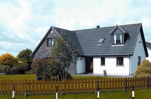 Last Minute Cottages - Attractive Jeffreyston Cottage S43766
