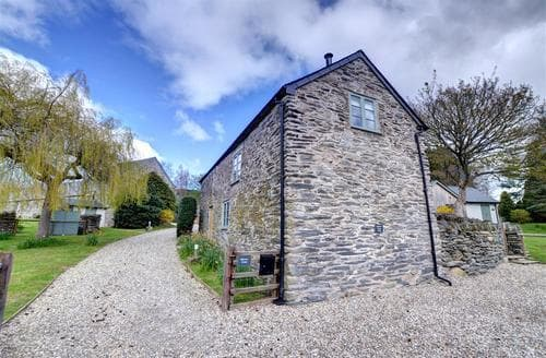 Last Minute Cottages - Quaint Corwen Lodge S46085