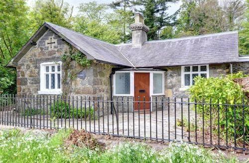 Last Minute Cottages - Delightful Morfa Nefyn Lodge S50289