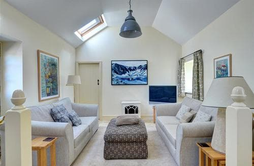 Last Minute Cottages - Gorgeous Beaumaris Cottage S46109