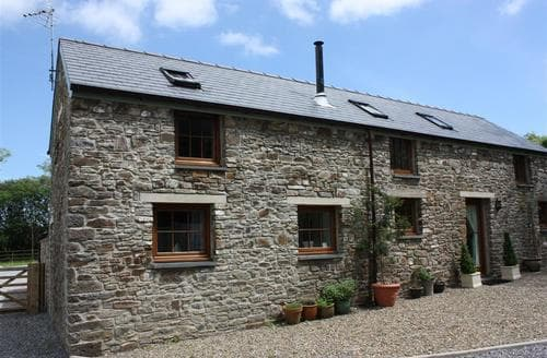 Last Minute Cottages - Beautiful Kilgetty Cottage S43849