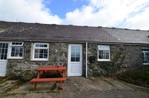 Last Minute Cottages - Gwynle