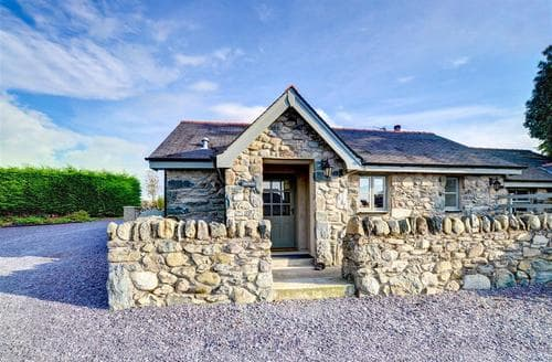 Last Minute Cottages - Cosy Caernarfon Rental S11177