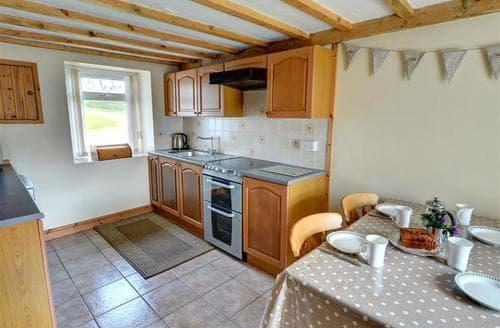 Last Minute Cottages - Inviting Pwllheli Rental S11278