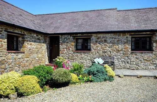 Last Minute Cottages - Attractive Haverfordwest Rental S11399