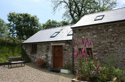 Last Minute Cottages - Cosy Kilgetty Cottage S43749