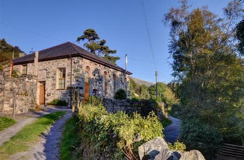 Big Cottages - Delightful Caernarfon Rental S11313