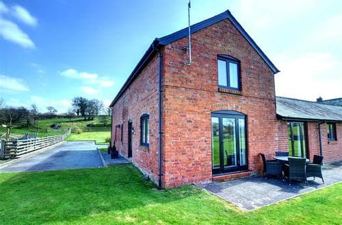 Last Minute Cottages - Charming Caersws Rental S13372