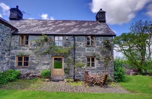Last Minute Cottages - Maesgwm Farm Cottage