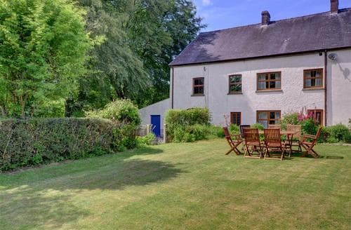 Last Minute Cottages - Wonderful Whitland Rental S11359