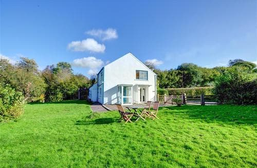 Last Minute Cottages - Glasfryn