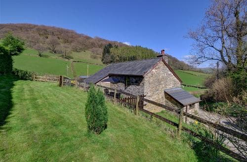 Last Minute Cottages - Quaint Builth Wells Rental S11443