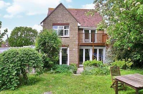 Big Cottages - Captivating Ryde Cottage S14289