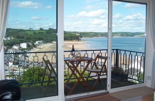 Last Minute Cottages - Gorgeous Saundersfoot Apartment S43756