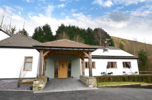 Big Cottages - Captivating Cardiff Lodge S45371