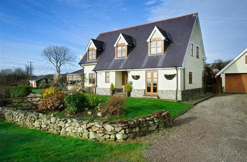 Last Minute Cottages - Adorable Mynytho Cottage S73754