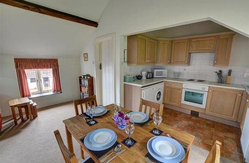 Last Minute Cottages - The Old Dairy Loft