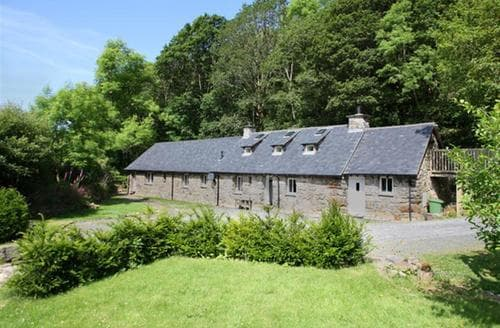 Big Cottages - Gorgeous Dolgellau Cottage S46134