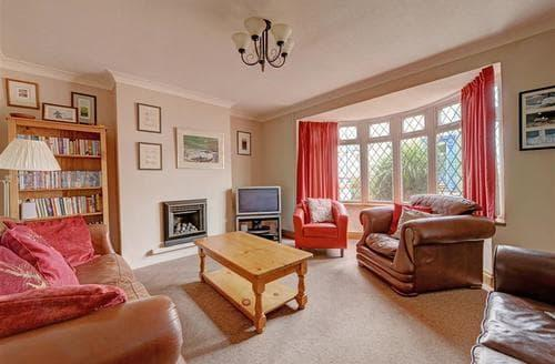 Last Minute Cottages - Ashford Villa