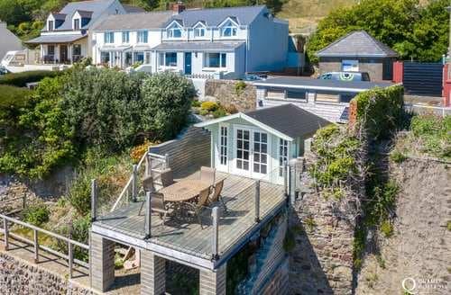 Last Minute Cottages - Beach House Cottage