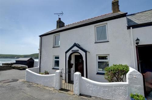 Last Minute Cottages - Delightful Aberdaron Cottage S73354