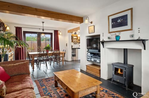 Last Minute Cottages - Worthy House