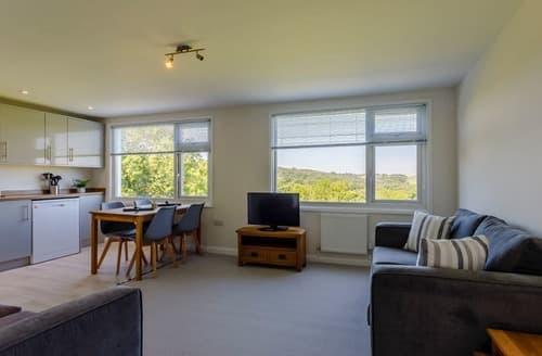 Last Minute Cottages - Apartment 1