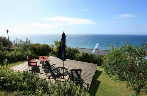 Last Minute Cottages - Gorgeous South Cornwall Apartment S26567