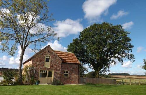Last Minute Cottages - The Barn House