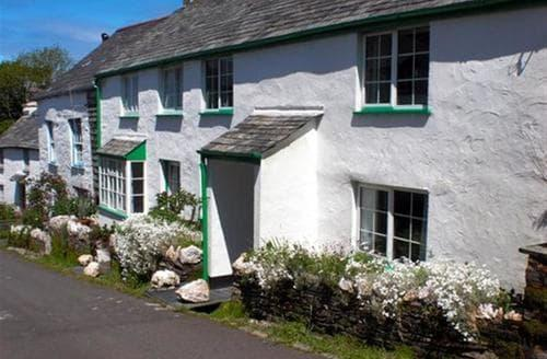 Last Minute Cottages - Admiral Cottage