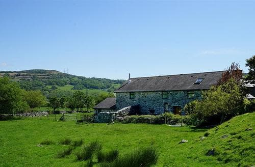 Last Minute Cottages - Robyns Nest