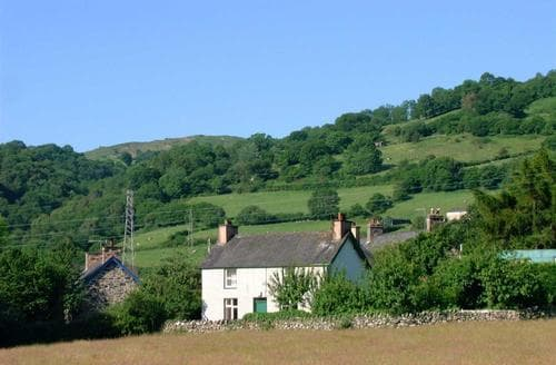 Last Minute Cottages - Gorgeous Conwy Valley Cottage S26931