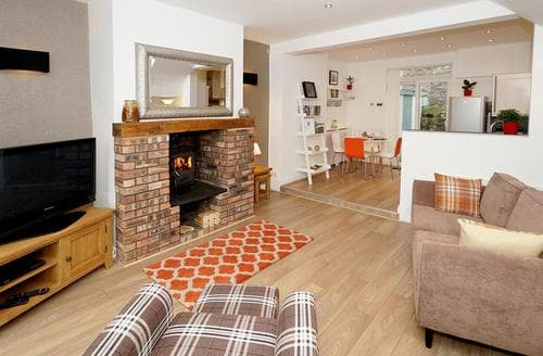 Last Minute Cottages - Saron Cottage