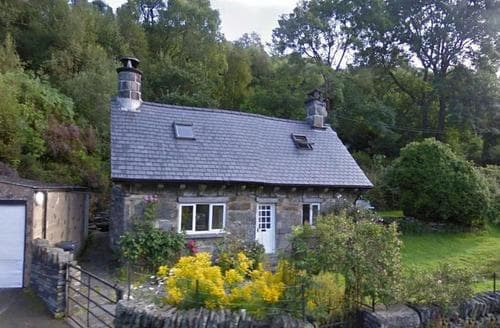 Last Minute Cottages - Cosy Snowdonia Cottage S26844