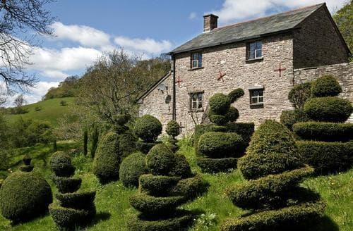Last Minute Cottages - Dyffryn Beusych