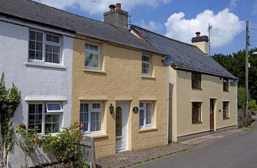 Last Minute Cottages - Excellent Llanfrynach Cottage S40275