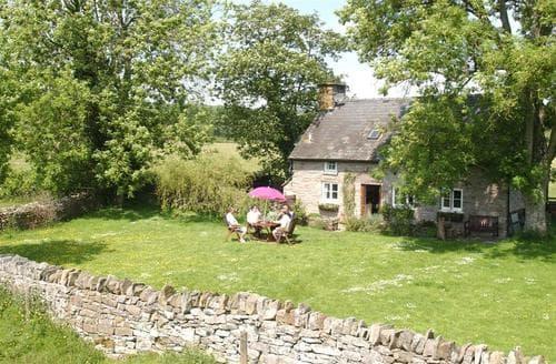 Last Minute Cottages - Lovely Felin Fach Cottage S40222