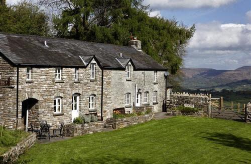 Big Cottages - Luxury Llangattock Cottage S40332