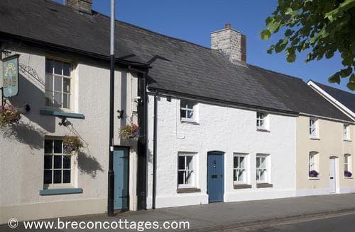 Last Minute Cottages - Exquisite Brecon Town Cottage S60522