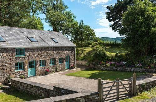 Last Minute Cottages - Glyn Cottage