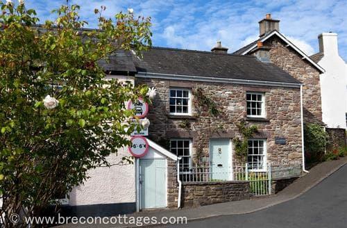Last Minute Cottages - Superb Llangynidr Cottage S40163