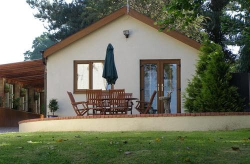 Last Minute Cottages - Luxury Brecon Cottage S40280